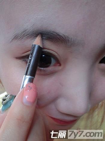 解析化妆的正确步骤