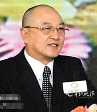 """""""富人爱光头""""再掀热议 网友笑称无发更唬人"""