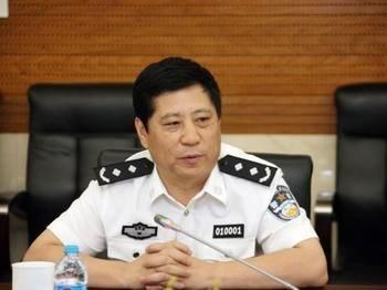 北京交管局长因亲属涉嫌倒卖车牌协助警方调查