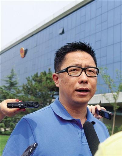 李阳被妻子KIM微博曝重婚 或影响离婚财产分割