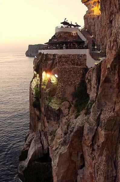 巴利阿里群岛,西班牙