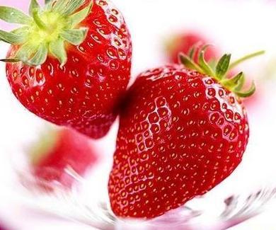 水果养生 草莓的4种特殊功效 组图
