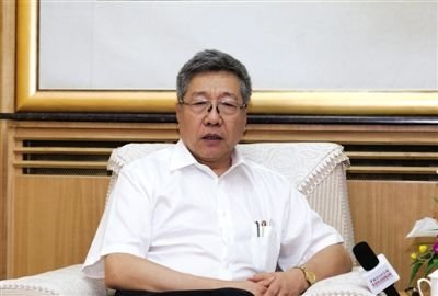 郑秉文 中国社会科学院世界社保研究中心主任和社会保障实验室主任,《中国养老金发展报告2012》主编。