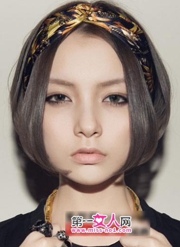 18岁女生帅气短发造型图片