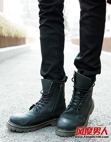 冬季男士流行马丁靴扮潮造型
