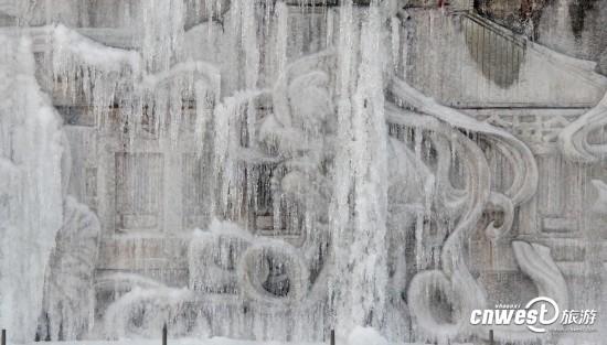 咱西安也有冰雕了!大雁塔北广场