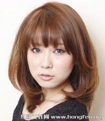 2013最新女生短发发型 短烫发彰显森系风格