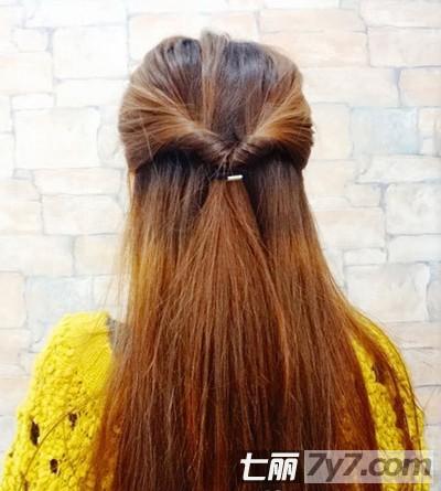 韩式麻花辫发型扎法步骤 塑造唯美气质女