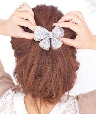 2款韩式发型扎法图解 盘发or马尾你最爱哪一款