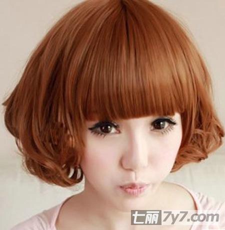 最爱卷发发型图片推荐 八款适合圆脸的短卷发造型