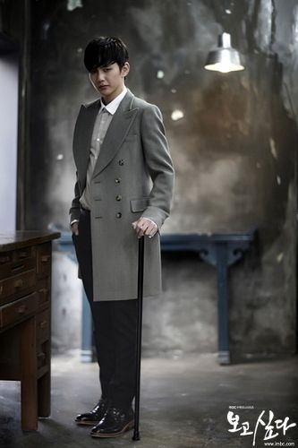 视甚好,全集20集的韩剧《想你》虐心剧情被揭,尹恩惠朴有天的高清图片