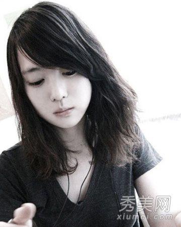 大脸圆脸什么发型好看 甜美修颜的发型推荐【图】图片