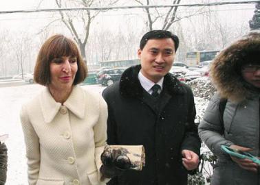 李阳说英语打老婆 疯狂地赔了1200万