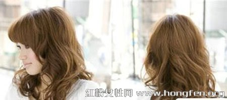 2013新款中长卷发烫发发型 全面提升形象图片
