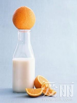 牛奶+橘子