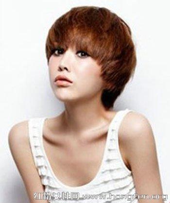 发型/圆脸适合的发型 推荐6款修颜短发发型图片...