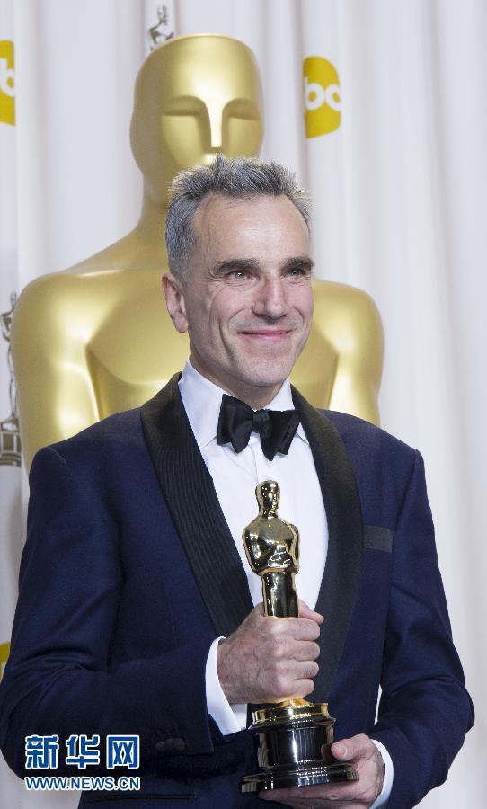 获奖杯.第85届奥斯卡颁奖典礼当天在美国洛杉矶好莱坞杜比剧院举