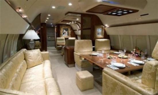 组图:富豪私人飞机有多豪华?