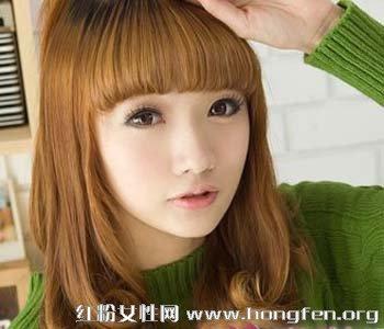 棕色的齐刘海的长卷发 螺旋卷的卷发发型【5】