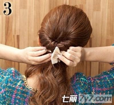 2款简单好看的发型扎法步骤