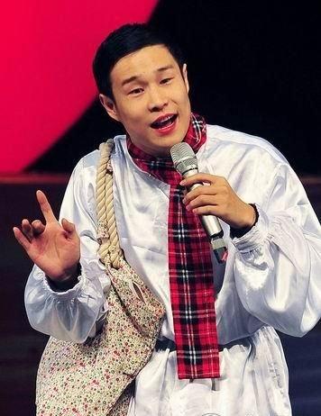赵本山:今年减少小沈阳的外拍戏 让他梳理自己