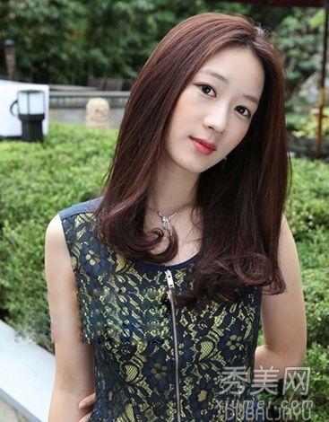 中长发头型扎发编发,头型女生中长发,中长发齐刘海女生头型,女士