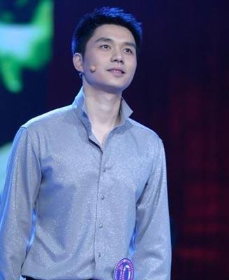 央视主持人顾斌在男主持榜单中获得0分