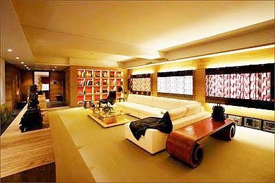 成龙豪宅客厅实景如同皇宫一般