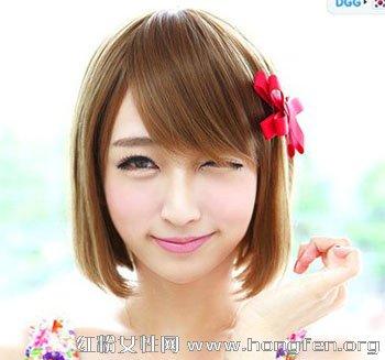 齐刘海长卷发发型 脸大轻松塑出瓜子脸【3】