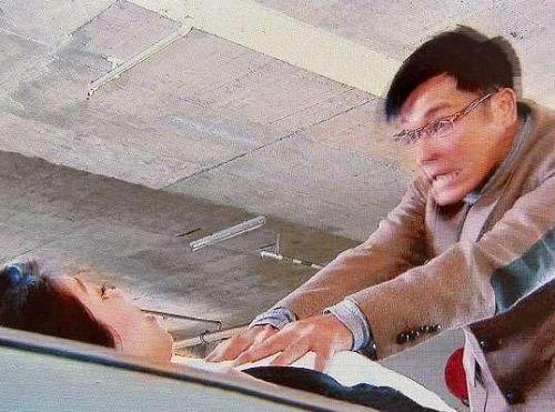 看妻子被强奸小说_强奸sm小说