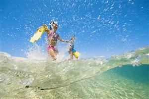 潜游马尔代夫 做一条游弋的小鱼