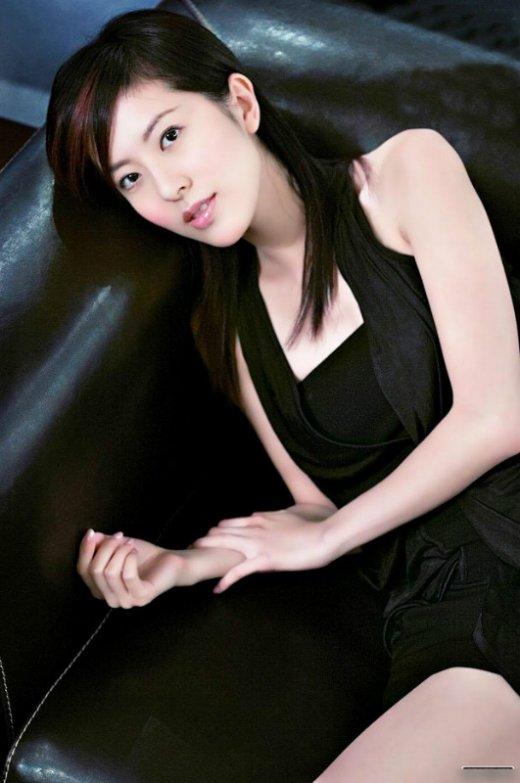 tvb奇葩审美:唐诗咏李诗韵陈自瑶徐淑敏双胞胎