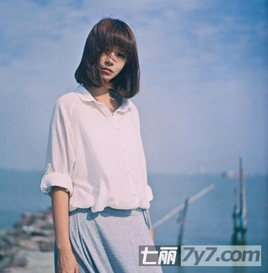短发梨花头   齐刘海的短发梨花头非常的甜美,此款的梨花头发