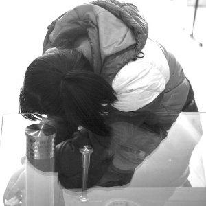 17岁少女自曝被逼卖淫四年 天天接客吃避孕药
