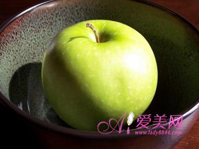 健康饮食:细数苹果的16种祛病养生功效