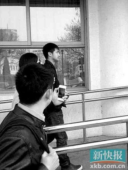 黄秋生谈跳水综艺秀:明星跳水,不如跳楼