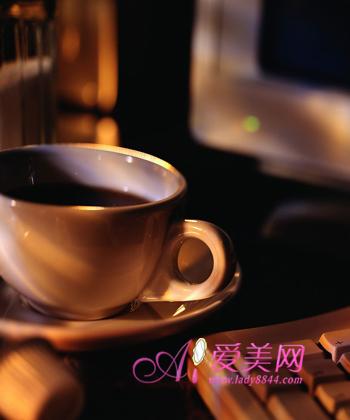 4种白领常喝饮品 空腹饮用最伤胃