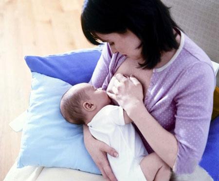 嬌美孕婦手把手教你 吸奶器的使用秘籍