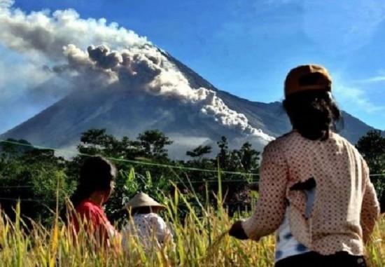 印度尼西亚默拉皮火山