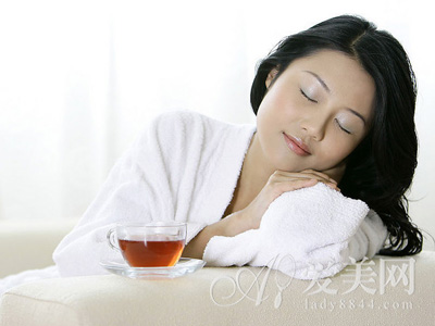 痛经喝红糖水 分清体质和掌握时间