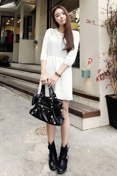 韩国长腿美眉街拍示范 连衣裙甜美穿搭图片