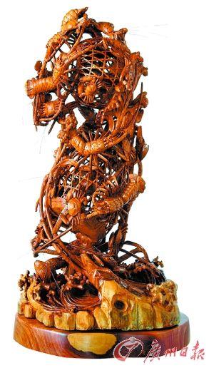 辜柳希 红檀木《双层龙虾蟹篓》
