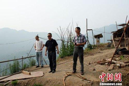 北川县副县长兰辉带病坚持工作不幸因公殉职