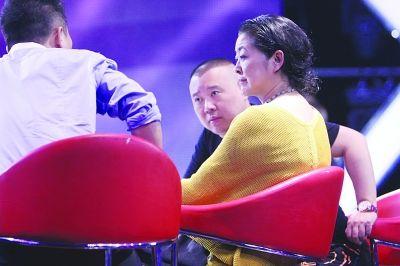 倪萍在节目现场。