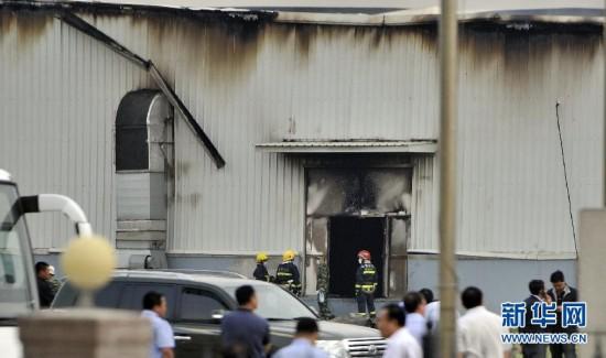 组图:直击吉林宝源丰禽业公司火灾救援现场