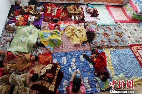 温州一幼儿园教室内通风不畅 致幼儿大面积高烧