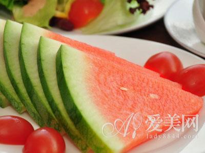 夏吃8种生津止渴食物 清凉舒适一整夏