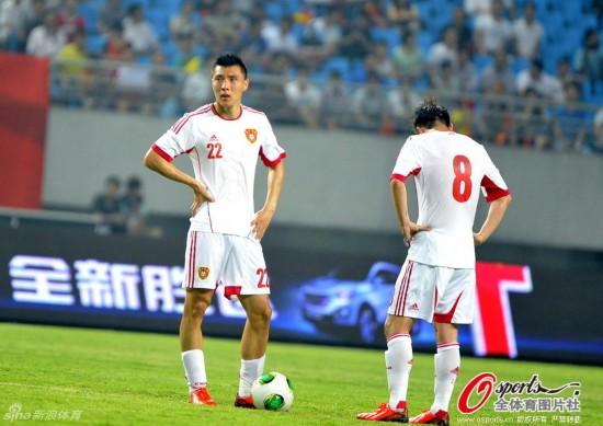 国足耻辱比分负泰国 球迷喊卡马乔下课球队解