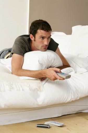 养生警惕 7大错误睡法让你越睡越累