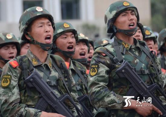 驻疆武警部队举行反恐维稳誓师大会图片